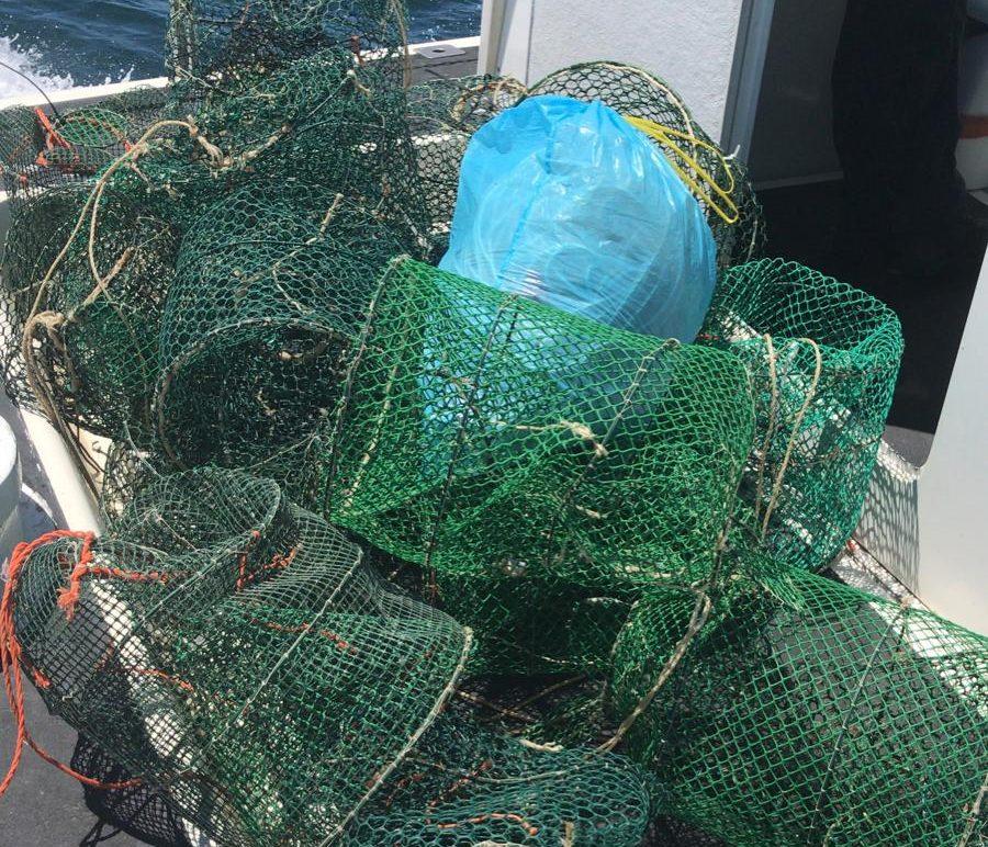 Plemmirio, Guardia Costiera sequestra 22 nasse prive di etichetta identificativa