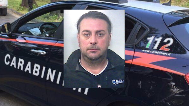 Marijuana, serra di coltivazione e fucile rubato: blitz all'alba nel Catanese, arrestato Fabio Cannizzaro