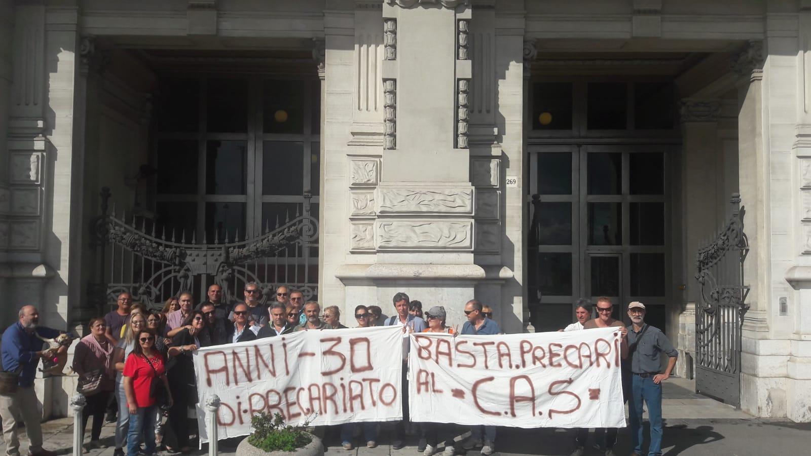 """Consorzio Autostrade Siciliane, gli ex esattori sul piede di guerra: """"Siamo alla fame, questa estate fateci lavorare"""""""