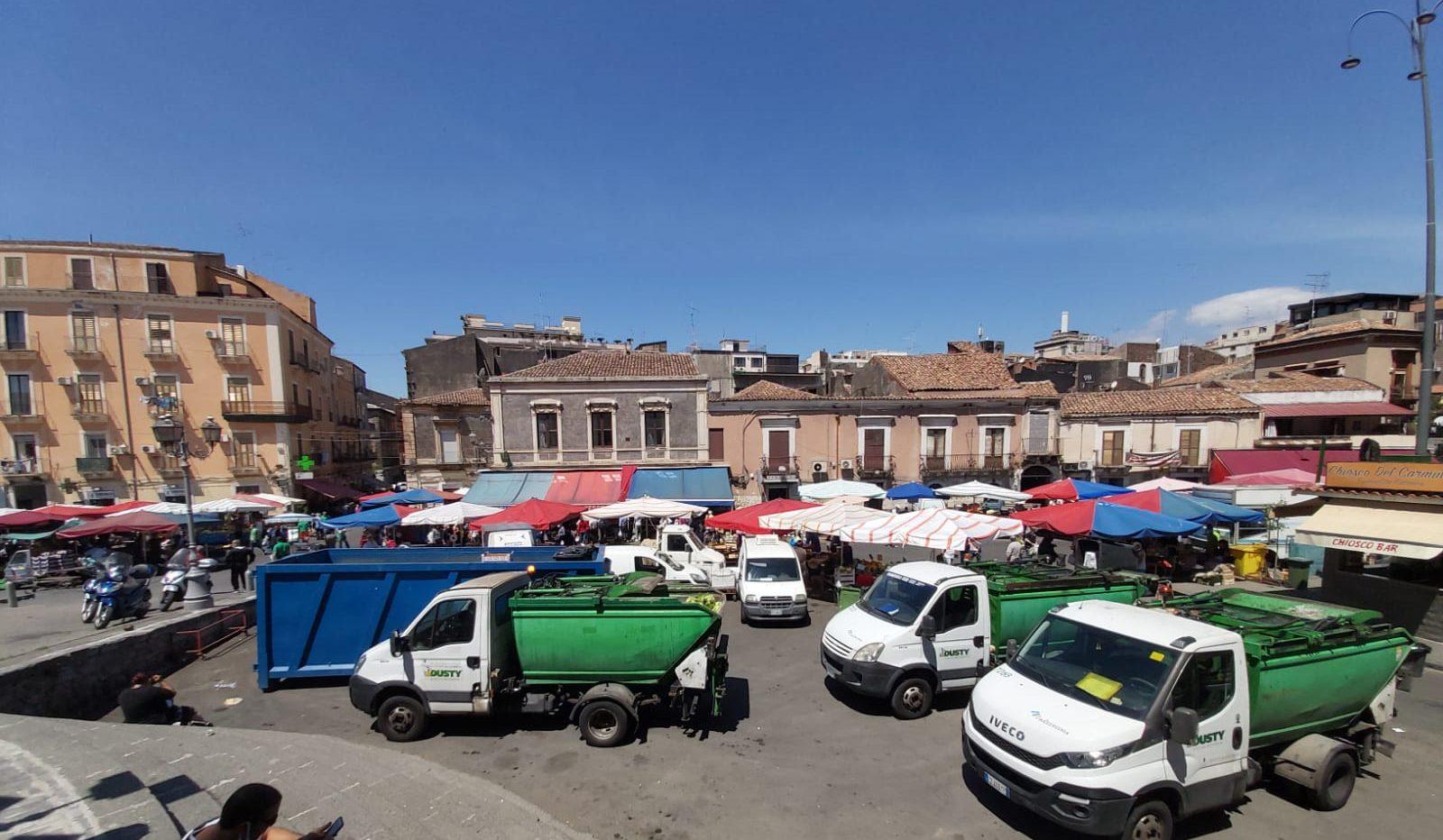 Catania, a piazza Carlo Alberto riparte la Fiera: nuove disposizioni per oltre 700 ambulanti, ecco le novità