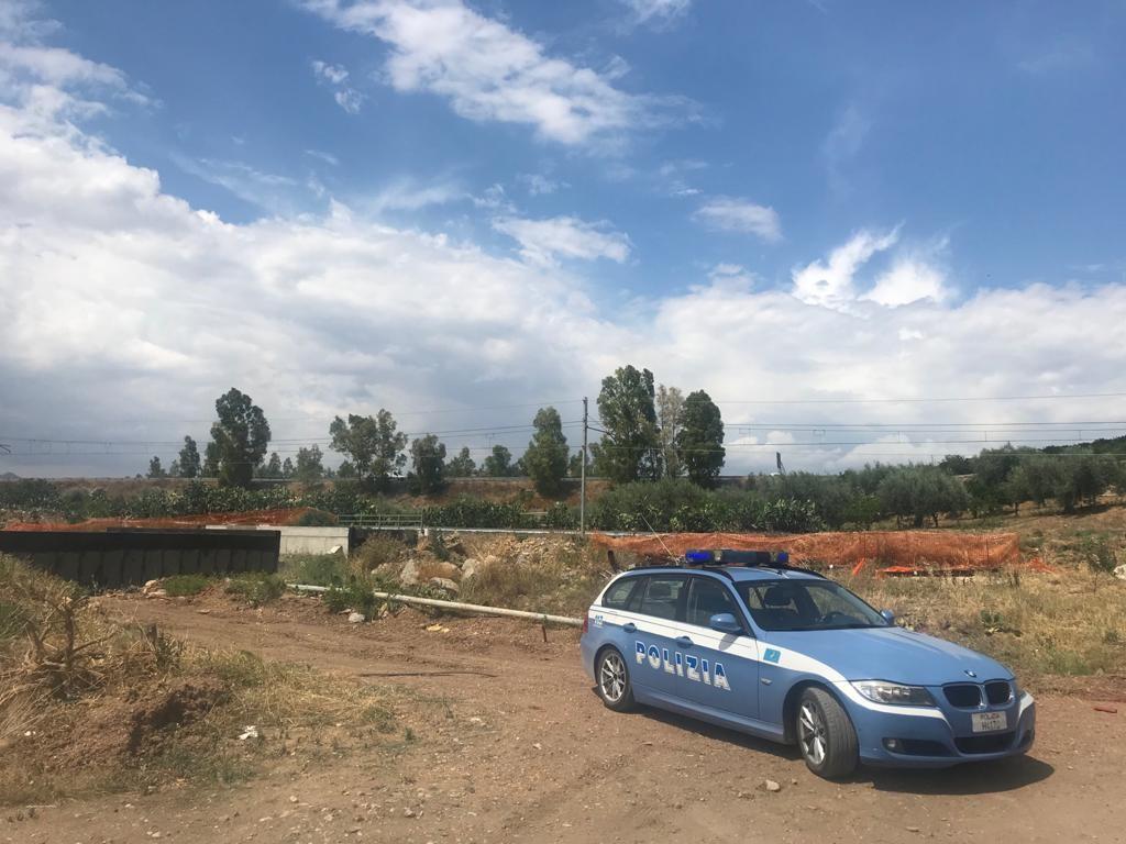 Materiale ferroso rubato da un cantiere e nascosto in auto: denunciato 48enne catanese