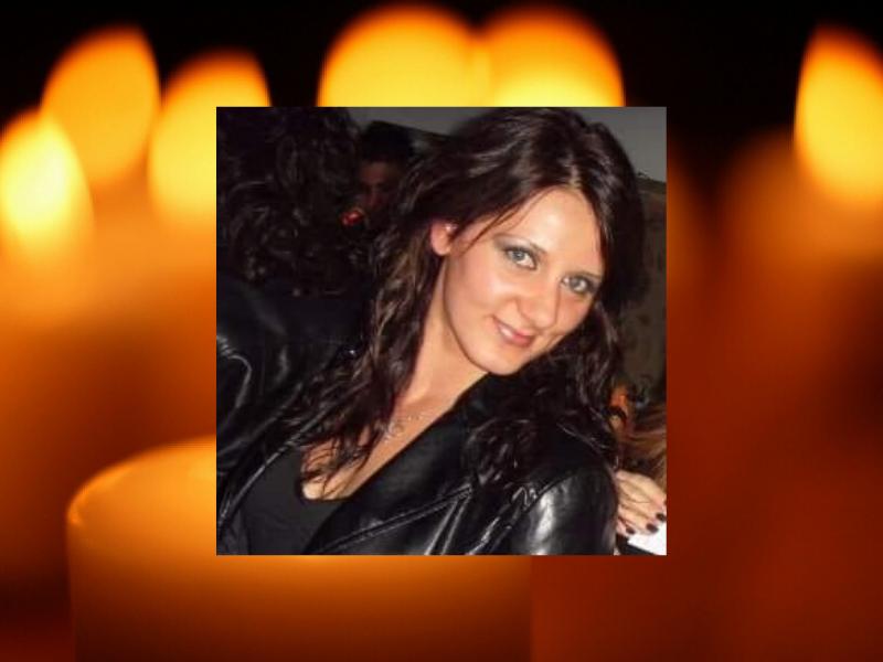 """Giovane mamma muore dopo grave malattia, lutto cittadino per Berta Di Gaetano: """"Veglia su tuo figlio"""""""