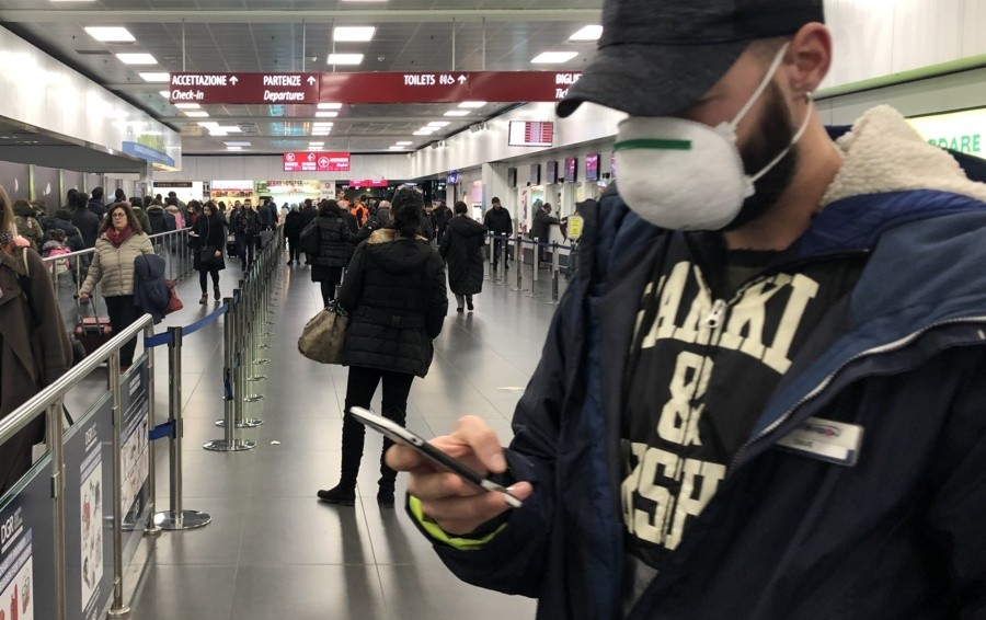 Allarme Coronavirus all'aeroporto Fiumicino, scoperti 7 positivi: uno arriva dalla Sicilia