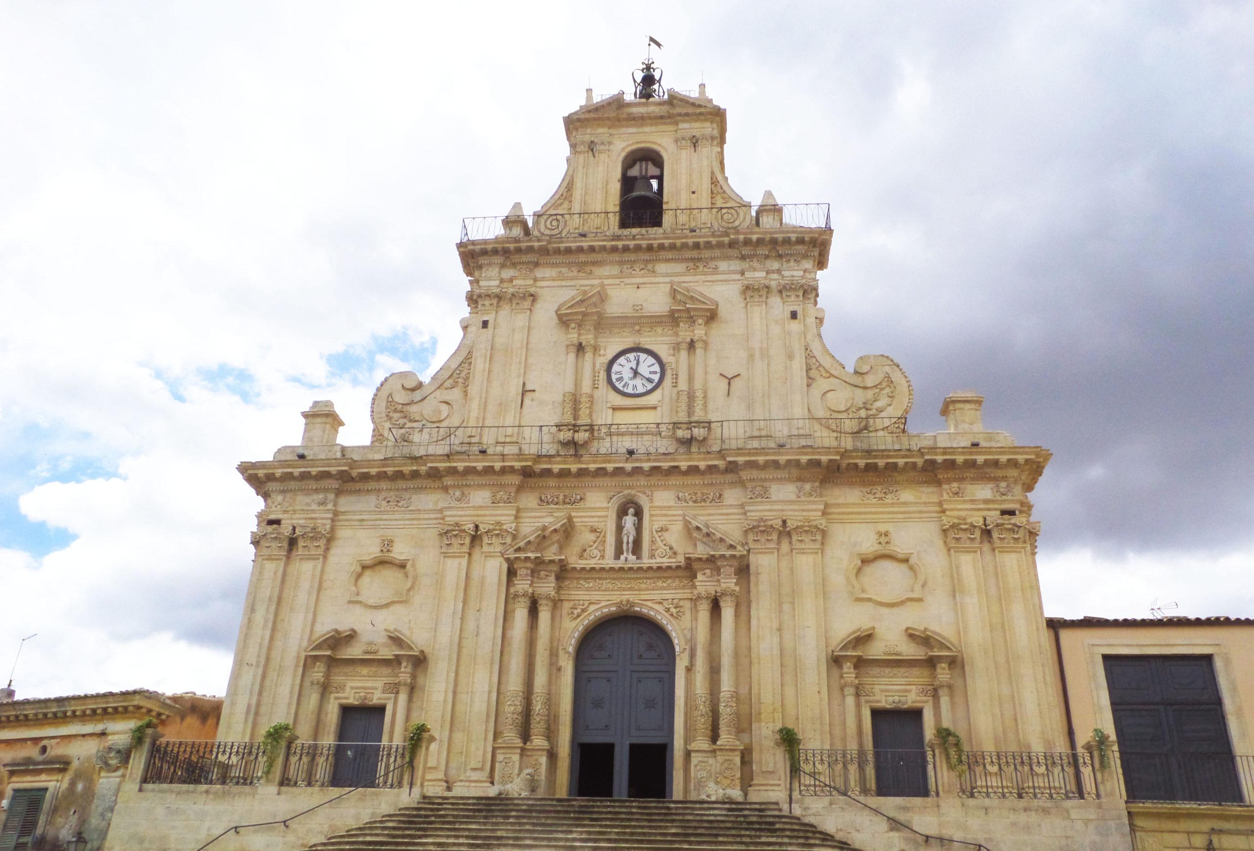 Il giro della Sicilia in compagnia di NewSicilia.it prosegue alla scoperta di Palazzolo Acreide