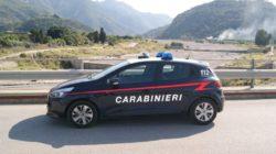 Alla guida di una pala meccanica, beccato a rubare sabbia e ghiaia nel torrente San Giacomo: arrestato dai carabinieri