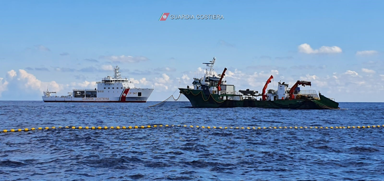Pesca illegale di tonno rosso, continua la battaglia della Guardia Costiera contro gli illegali – FOTO e VIDEO