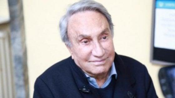Coronavirus, Emilio Fede ricoverato in gravi condizioni all'ospedale San Raffaele di Milano