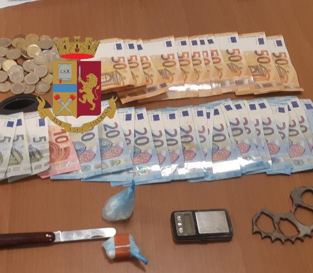 Duro colpo al mercato della droga: arresti e sequestri nei quartieri crocevia di interessi illeciti