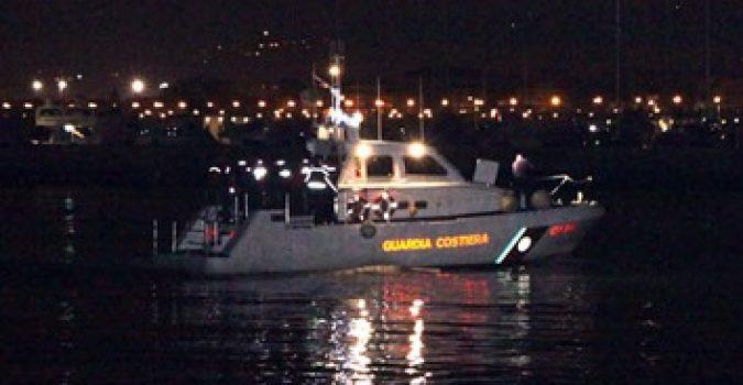 Naufragio a Lampedusa, continuano le ricerche dei dispersi: salvate già 47 persone