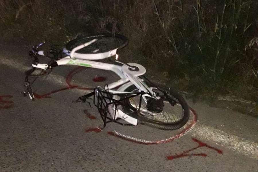 Grave incidente in serata, Toyota contro bici: giovane ciclista in prognosi riservata