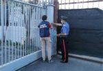 San Gregorio, autolavaggio abusivo con extracomunitari irregolari: tre denunciati