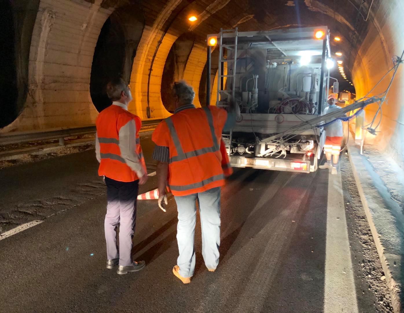 Cantieri autostradali sotto l'occhio attento di Falcone: visita a sorpresa a tarda ora