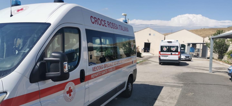Migranti sbarcati a Pozzallo, altri 14 casi positivi: in isolamento, ipotesi trasferimento