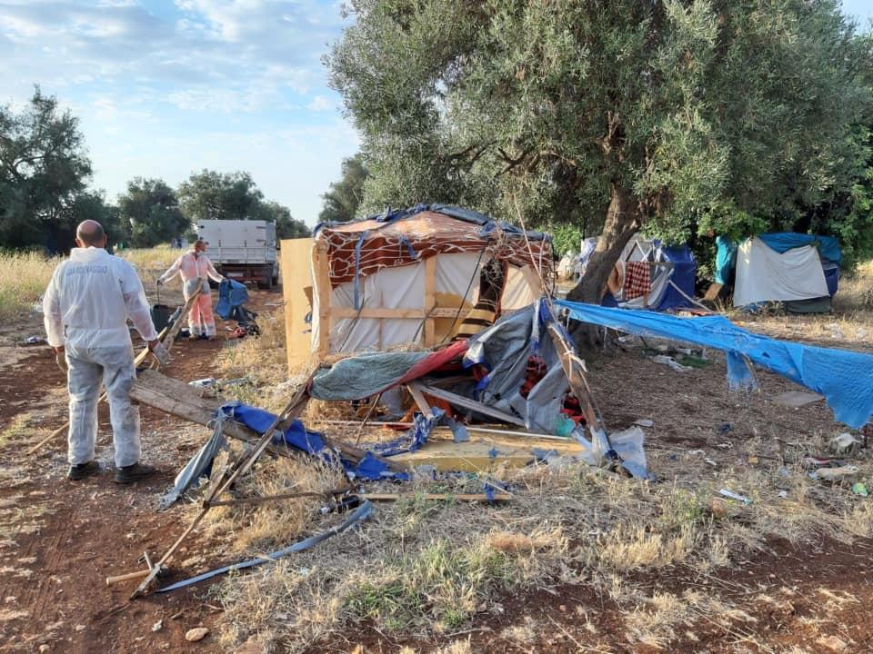 """Smantellamento baraccopoli a Cassibile, il sindaco: """"Nessun essere umano merita di vivere in queste condizioni"""""""