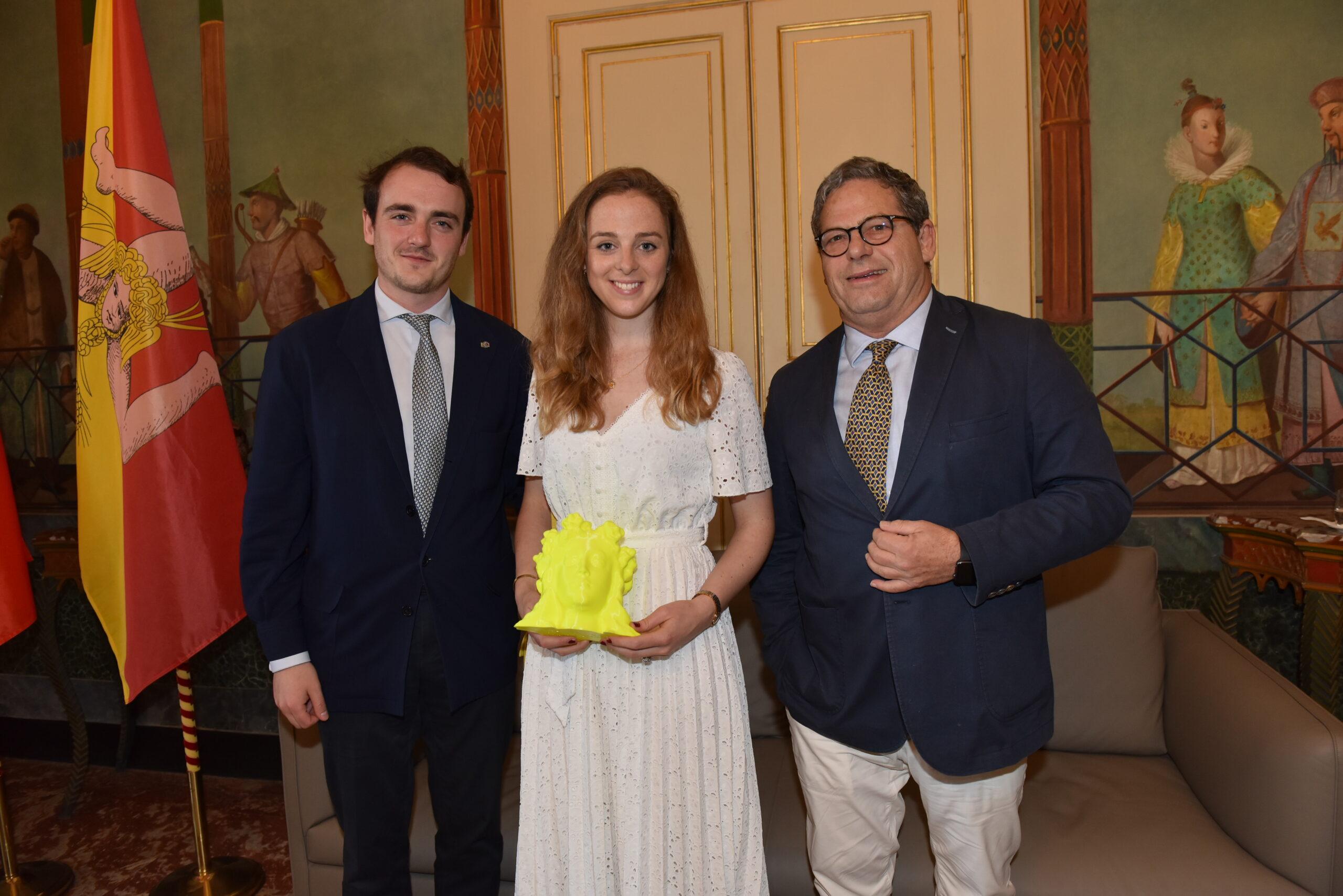 Nozze reali in Sicilia: fiori d'arancio a Palermo tra il duca di Noto e lady Charlotte