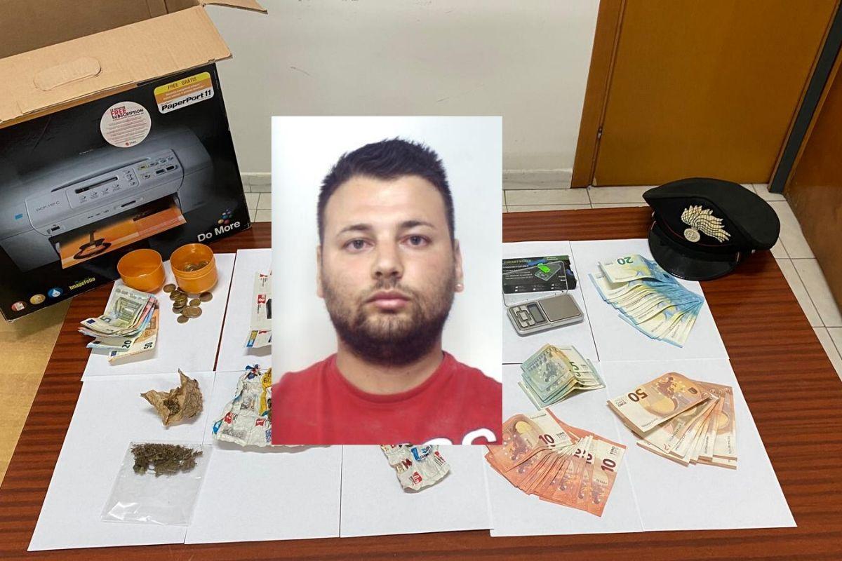 Perquisizione in una sala giochi del Catanese: droga e soldi nascosti nel seminterrato