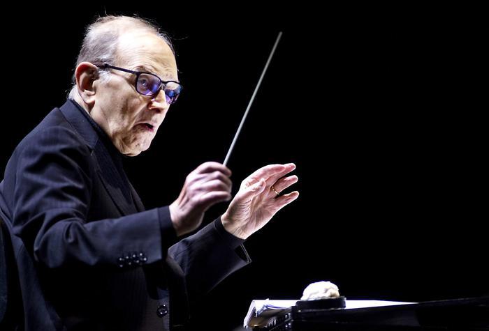 Addio a Ennio Morricone, si è spento all'età di 91 anni a Roma