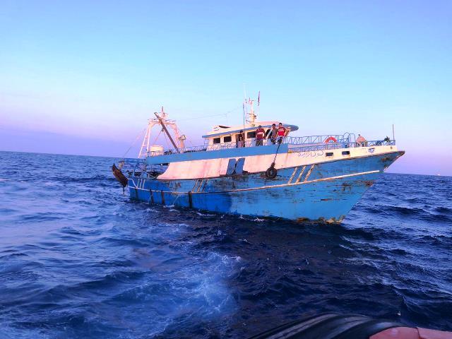 Sbarco di migranti a Siracusa: dopo l'arresto del 23enne egiziano, sequestrata l'imbarcazione