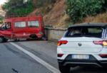 Incidente sulla Messina-Catania, scontro tra tre mezzi: feriti e traffico in tilt