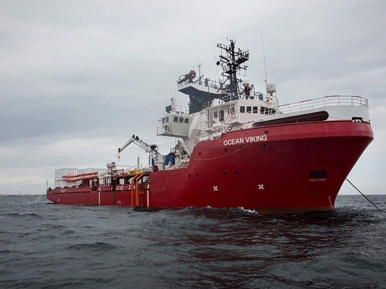 Migranti, in arrivo domani in Sicilia la Ocean Viking con a bordo oltre 370 persone – DETTAGLI