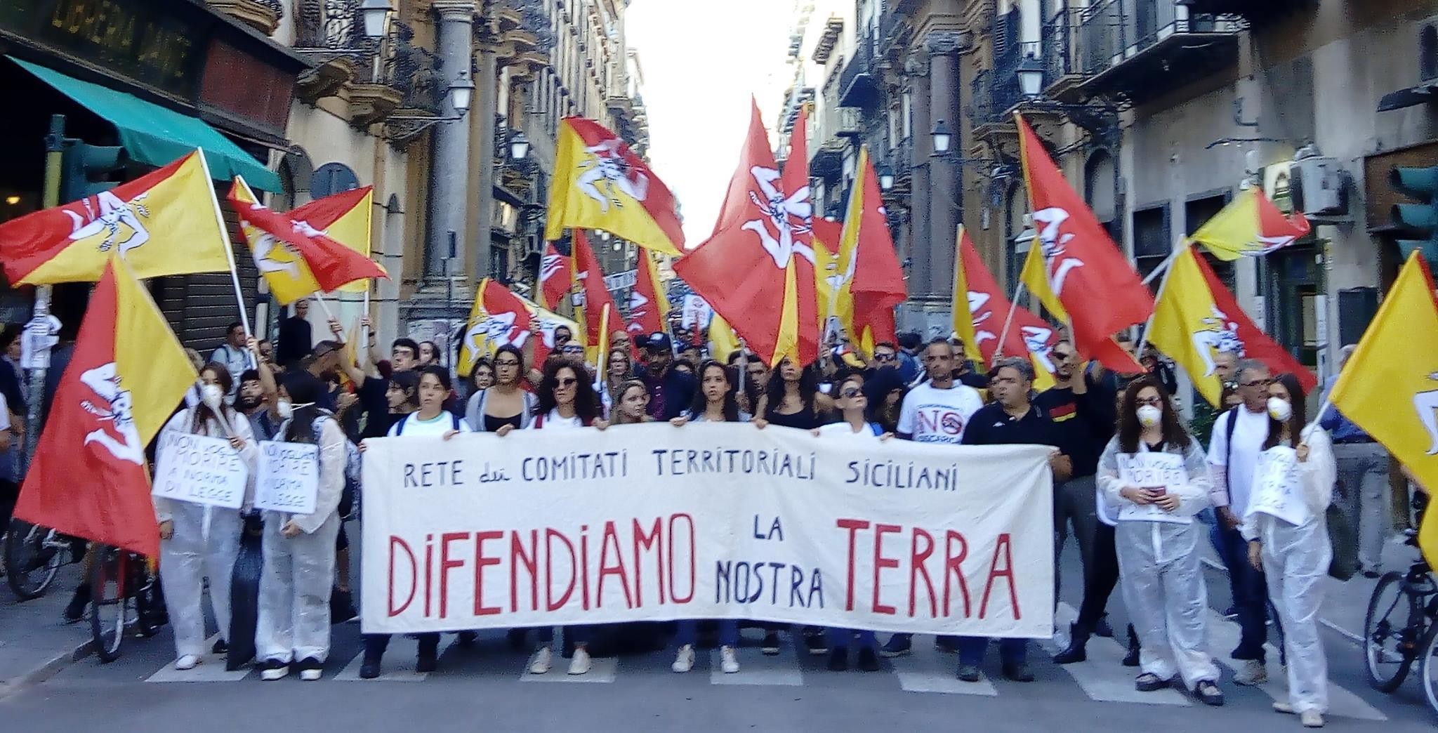 """Catania, sit-in di protesta per la costruzione di un inceneritore inquinante. """"Cambiare rotta"""""""
