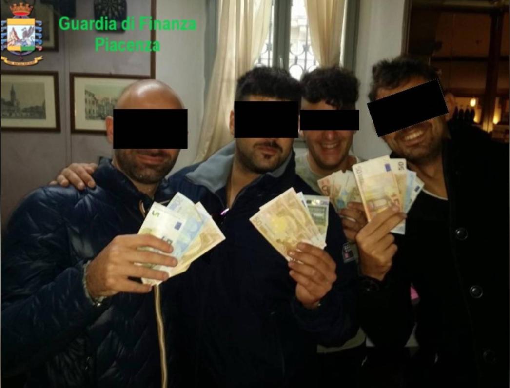 """""""Caserma degli orrori"""", emerge il pestaggio di un uomo di colore: coinvolti 4 militari siciliani"""