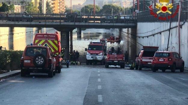 Alluvione a Palermo, dimesso l'unico minorenne ricoverato per ipotermia: 15 famiglie evacuate, aperto fascicolo conoscitivo