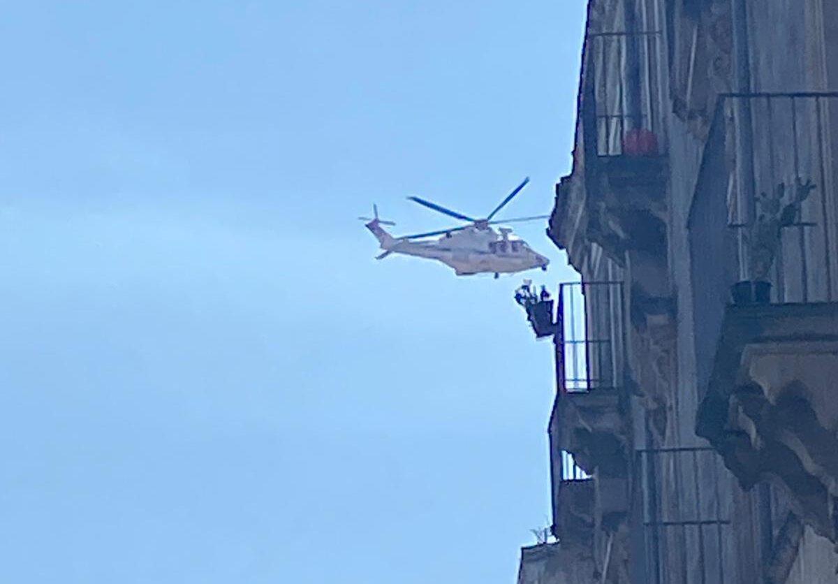 """San Berillo sotto assedio, blitz in corso: Volanti cinturano il """"cuore"""" di Catania – FOTO e VIDEO"""
