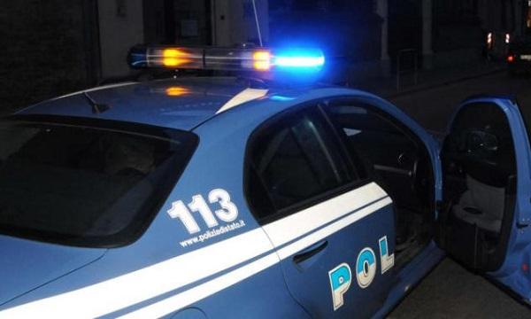 Catania, tentata rapina a una donna a San Cristoforo: coinvolta una donna, doppio arresto