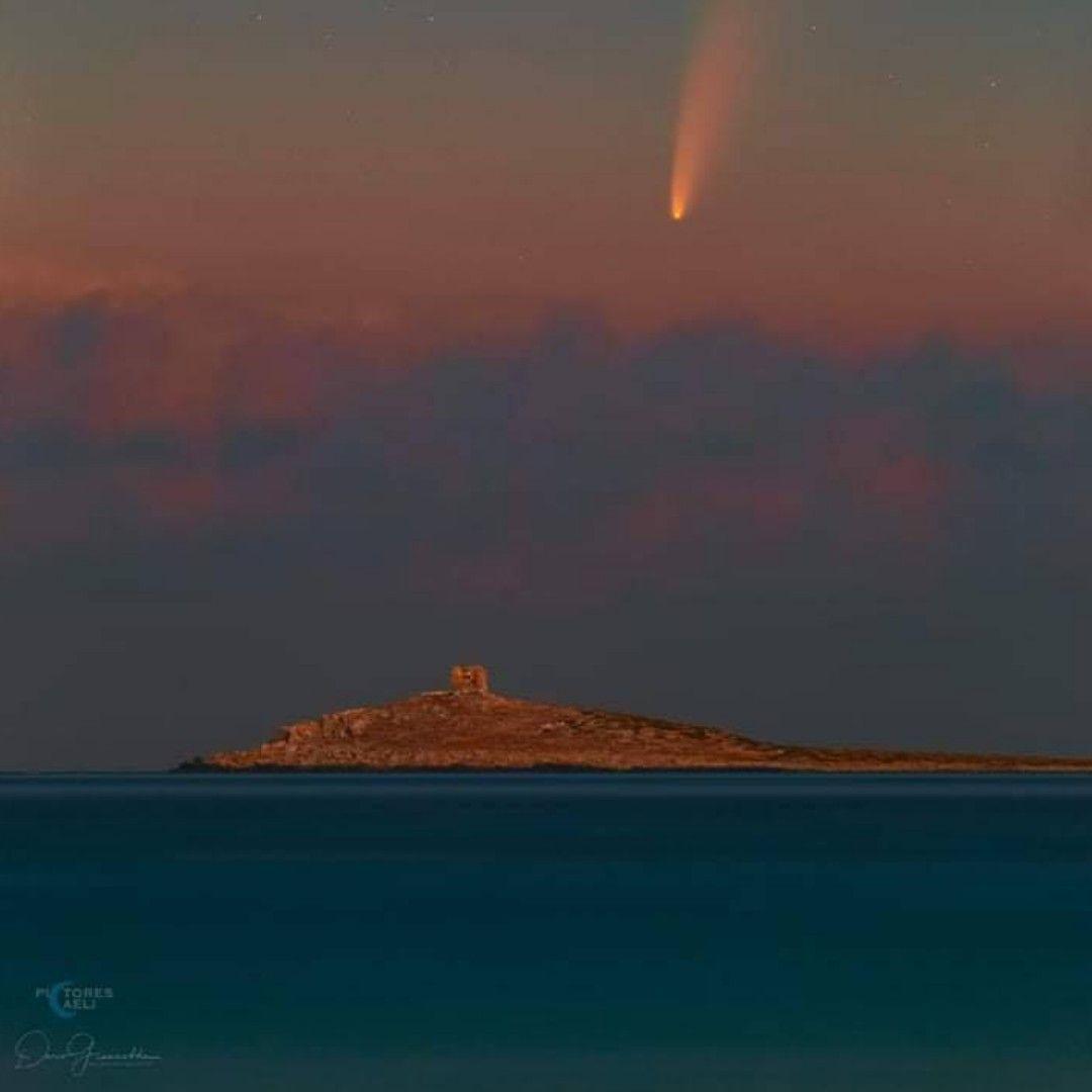 Stella cometa Neowise incanta i cieli siciliani, spettacolo visibile ad occhio nudo: ecco quando ammirarla