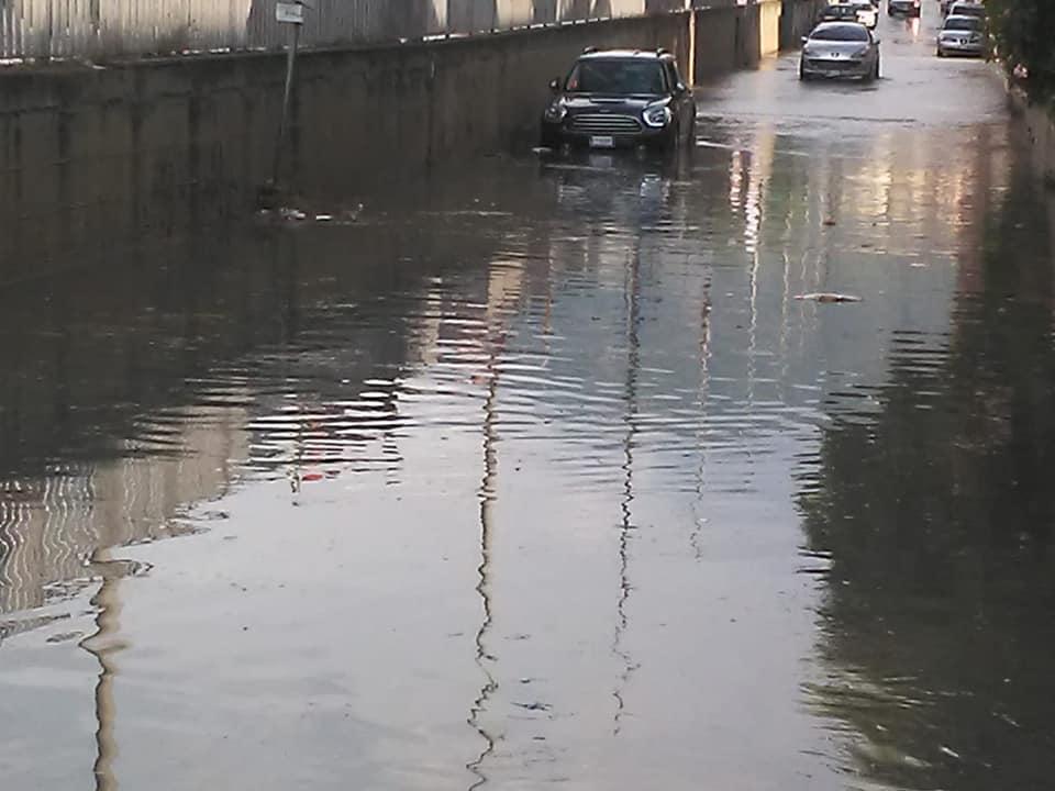Bomba d'acqua su Barcellona Pozzo di Gotto: auto bloccate e strade come fiumi in piena. FOTO e VIDEO