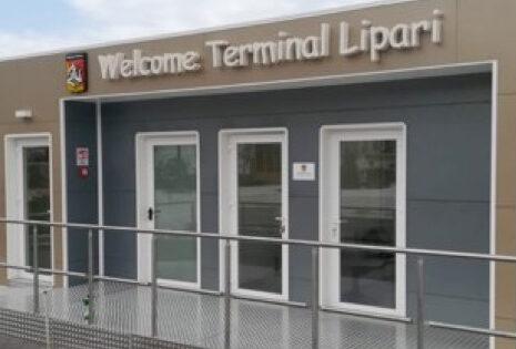 """Turismo nelle isole minori, operativi 5 """"Welcome terminals"""", Musumeci: """"Investimento sulla qualità dell'accoglienza"""""""