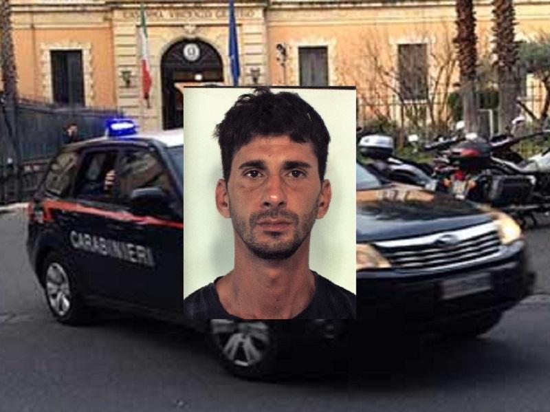 Catania, furto Lido del carabiniere: ladro fermato da un militare-bagnante, arrestato 39enne