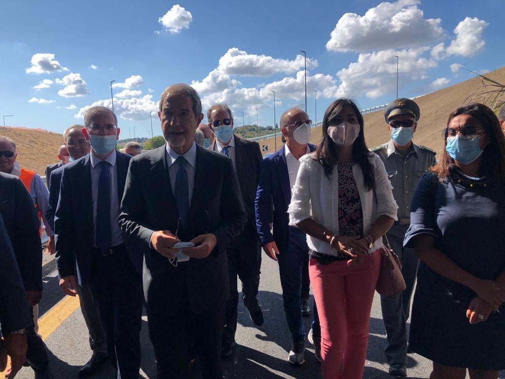 """Autostrada Siracusa-Gela, aperto lo svincolo di Rosolini. On. Cannata: """"Raggiunto un importante traguardo"""""""