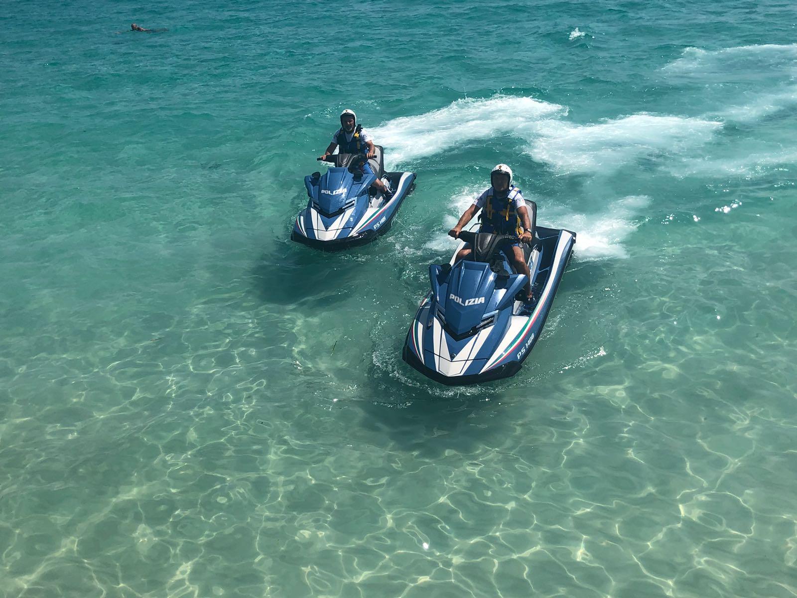 """Ferragosto """"sicuro"""": Sicilia blindata dalle forze dell'ordine, controlli in ogni dove"""