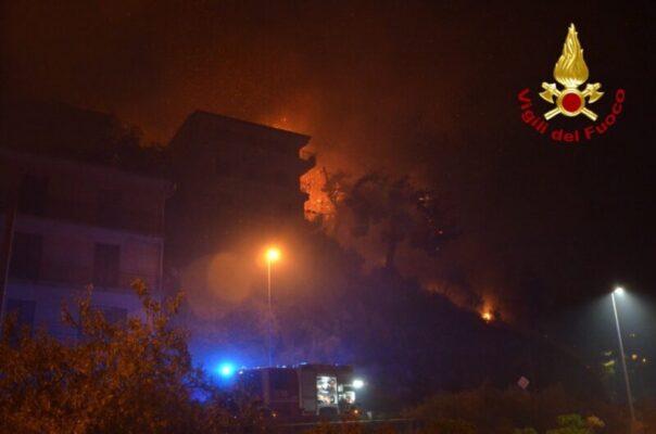 """Altofonte devastata dalle fiamme, sindaco Angela De Luca: """"Chiederemo lo stato di calamità"""""""