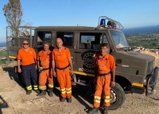 Vasto incendio su Monte Castello, il sindaco Intelisano ringrazia vigili del fuoco e Forestale