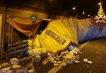 Incidente sulla Catania-Siracusa: tir ancora cappottato e dentro la galleria, traffico deviato