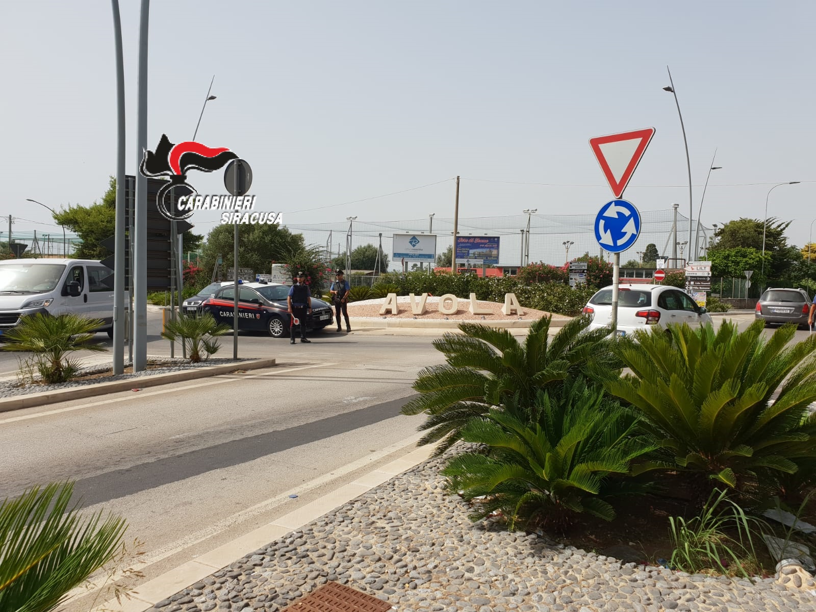 Senza casco, assicurazione e patente: controlli straordinari da parte dei carabinieri