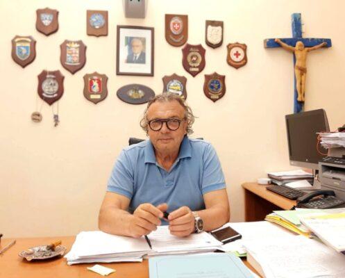 """Migranti a Lampedusa, il sindaco Martello tuona: """"In 12 anni nessun Governo ha dato soluzione vera e concreta"""""""