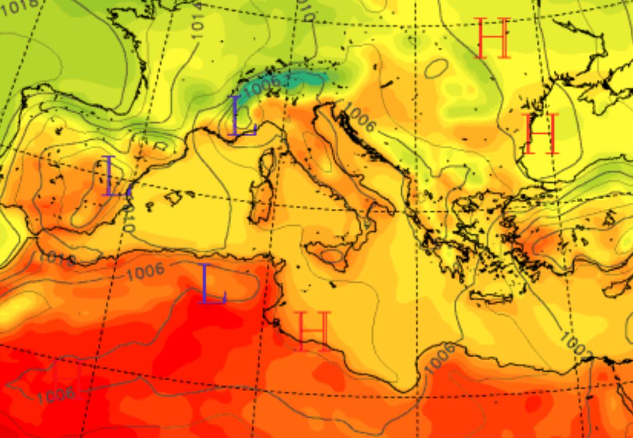 """""""Brucia"""" la Sicilia, domenica di fuoco con temperature oltre i 40°C. Allerta su Catania, Messina e Palermo"""