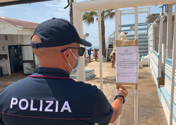 Spettacolo con maxi assembramento di 500 persone, violazioni e mancanza di licenze: chiuso locale per 5 giorni
