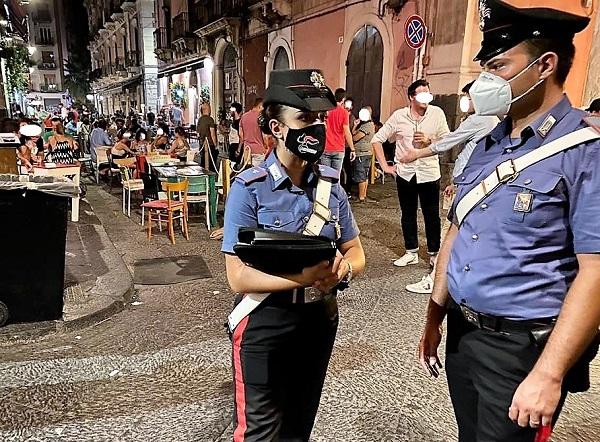 Irregolarità in due locali catanesi, contratti irregolari e violazioni delle norme: sanzioni per oltre 5mila euro