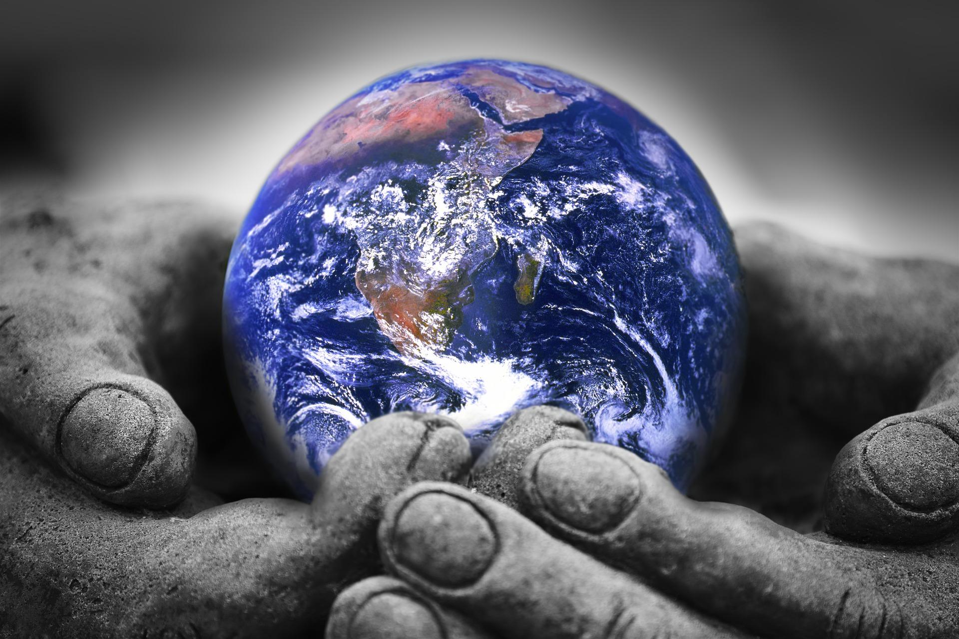 """""""One Humanity"""", aiuto umanitario come salvezza di un mondo in crisi"""