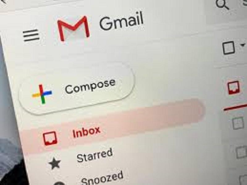 Gmail down, problemi nell'invio e nella ricezione della posta con allegati: scompiglio nel web