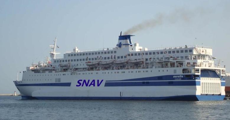 Trapani, arrivata nave quarantena Aurelia: in rada con 250 migranti a bordo di cui 23 positivi
