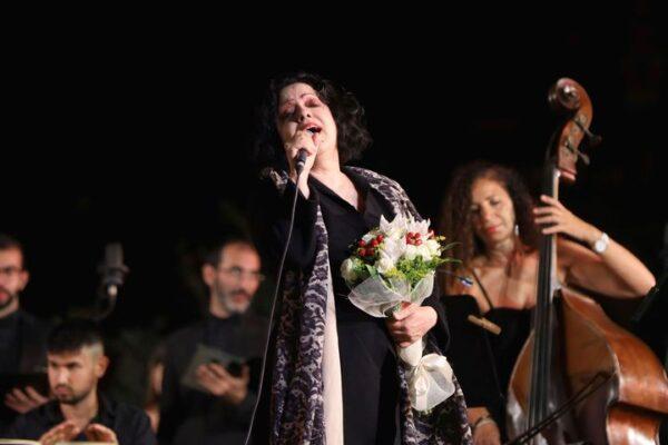 Catania tra musica pop e classica: applausi per il concerto di Antonella Ruggiero alla Villa Bellini