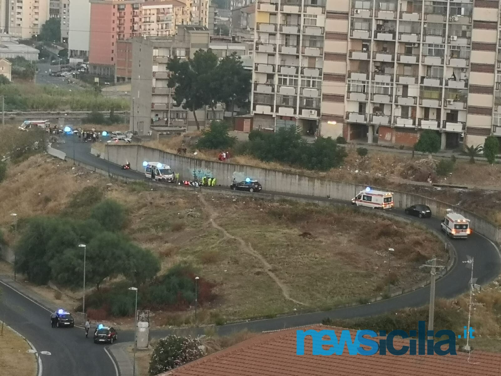 Catania come un far west, dagli spari alle urla in strada: un morto e tre feriti nel rione San Giorgio