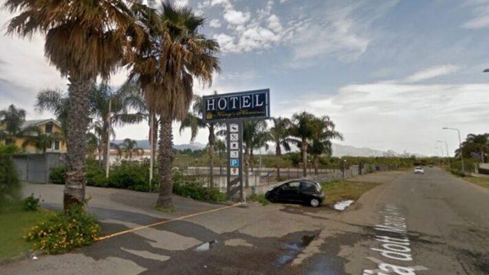 Emergenza sanitaria, svuotato il Covid Hotel di Fondachello: soddisfatto il sindaco Messina
