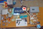 """Ancora un """"colpo"""" alle piazze di spaccio, 3 arrestati con droga e armi – NOMI, VIDEO e DETTAGLI"""